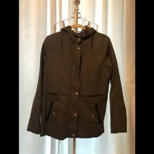 Army green light weight coat with hood